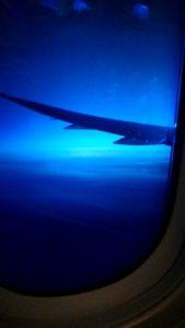 機内からの見えた雲と空