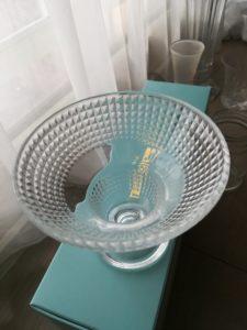 花瓶の代わりに使用した皿